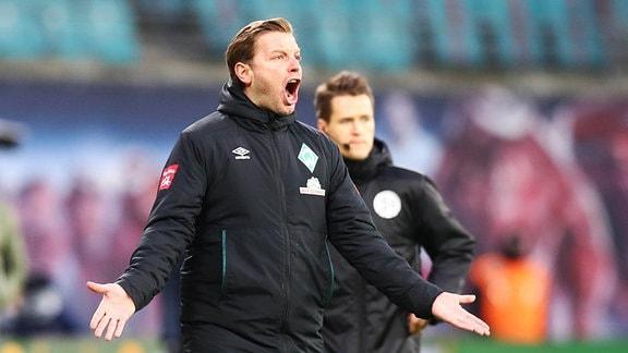 Trainer Florian Kohfeldt (Bremen) energisch nach Elfmeterentscheidung für RB Leipzig