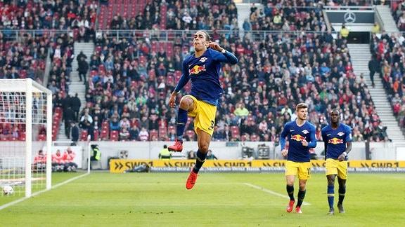 Tor für Leipzig zum 1:3. Im Bild: Torschütze Yussuf Poulsen (9, RB Leipzig).