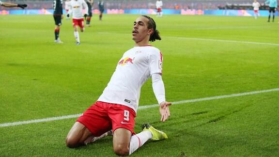 Tor für Leipzig. Torschütze Yussuf Poulsen (9, RB Leipzig) bejubelt seinen Treffer zum 1:0.