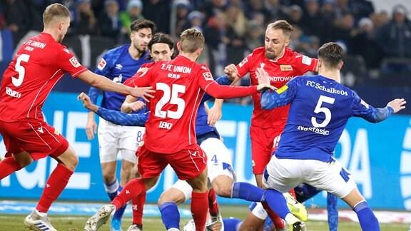 Spielszene Schalke 04 - Union Berlin