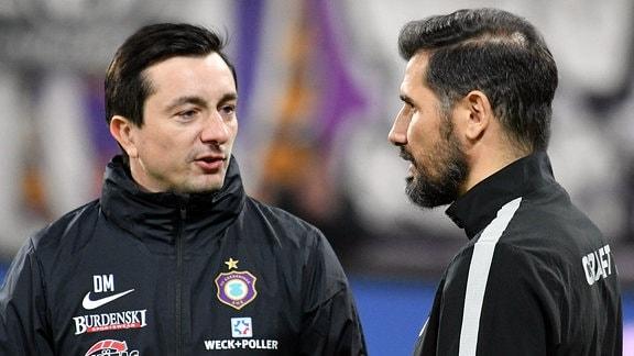 Daniel Meyer (Trainer, FC Erzgebirge Aue) li. und Cristian Fiel (Trainer, SG Dynamo Dresden, re.)