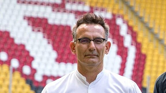 Vorstellung des neuen Sportgeschäftsführers. Michael Born Kaufmännischer Geschäftsführer und Ralf Becker Sportgeschäftsführer.