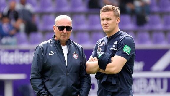 Präsident Helge Leonhardt und Trainer Aliaksei Shpileuski, Erzgebirge Aue