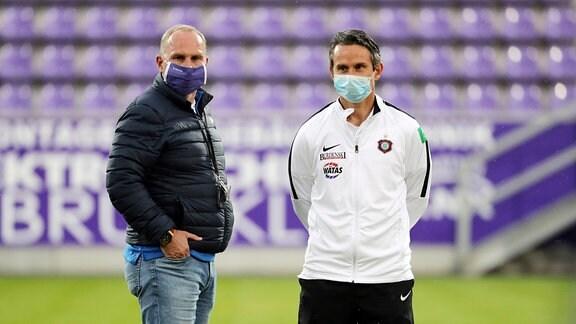 Erzgebirge Aue - Trainer Dirk Schuster und Präsident Helge Leonhardt