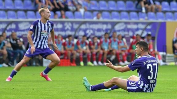 Antonio Mance FC Erzgebirge Aue re., frustriert