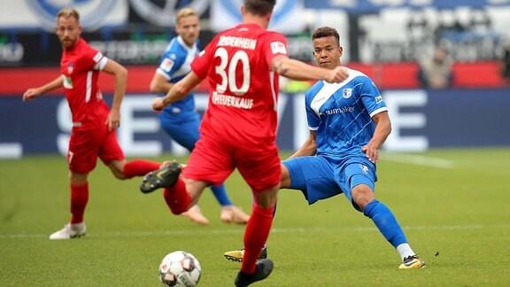 Norman Theuerkauf ( 1.FC Heidenheim 30) Marcel Costly ( 1.FC Magdeburg 9 )