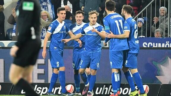 Jubel nach Tor zum 1:0 für Magdeburg.