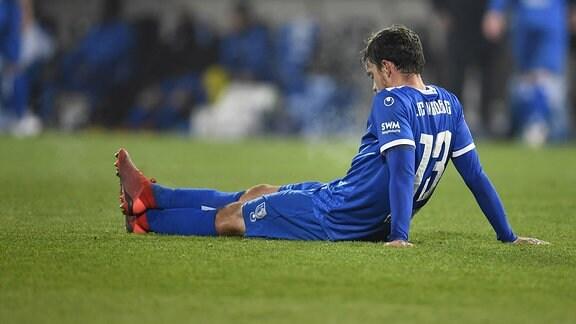 Dennis Erdmann (13, FC Magdeburg ) enttäuscht