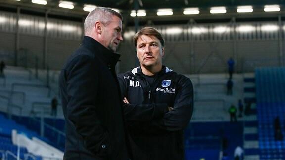 v.l. Mario Kallnik (Magdeburg, Manager), Michael Oenning (Magdeburg, Trainer)