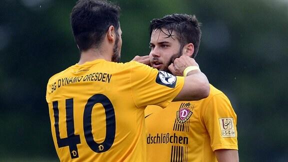 Dresdens Cristian Fiel (li.) und Niklas Kreuzer