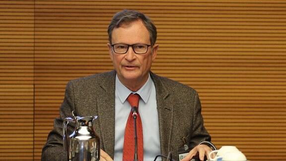 Hans E. Lorenz (Vorsitzender DFB-Sportgericht)