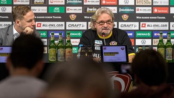 Henry Buschmann und Heiko Scholz auf einer Pressekonferenz