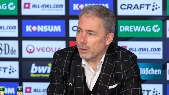 Jürgen Wehlend wird auf einer virtuellen Pressekonferenz offiziell als neuer kaufmännischer Geschäftsführer der SG Dynamo Dresden vorgestellt.
