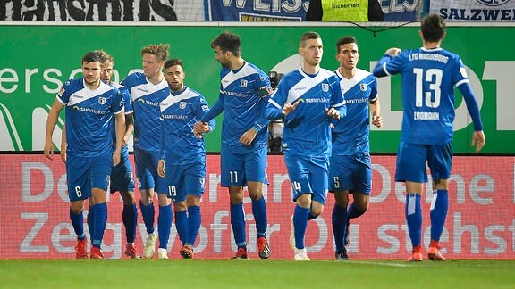 Jubel Freude nach Treffer Tor Torschuß zum 1:2 durch Felix Lohkemper (7, FC Magdeburg )