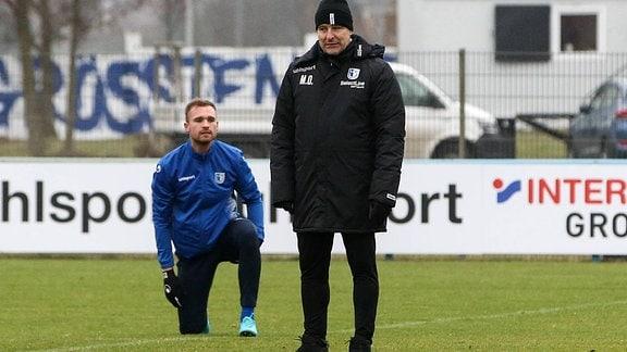 Trainer Michael Oenning und Jan Kirchhoff (1. FC Magdeburg)