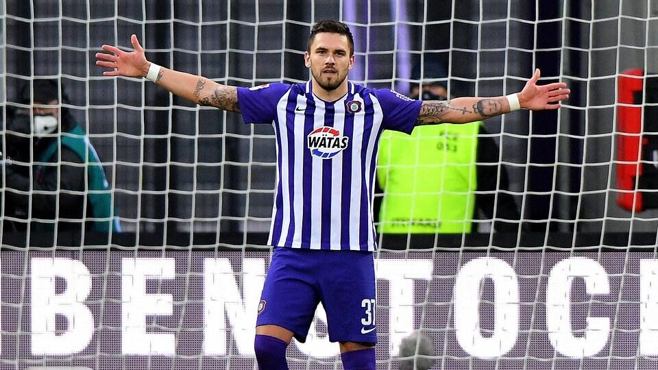 "Fußball - 2. Bundesliga: Doppelpack vom Jubilar – Testroet: ""Auftrag erfüllt"" | MDR.DE"