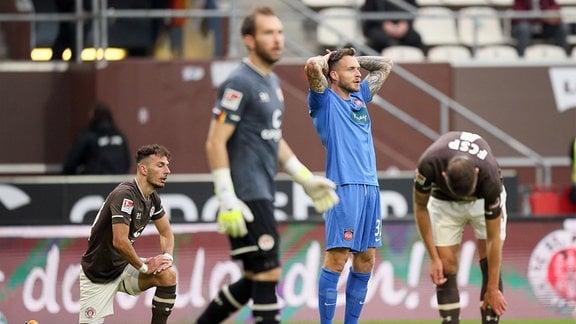 Patrick Schmidt, Heidenheim, beim Spiel zwischen FC St. Pauli und 1. FC Heidenheim.