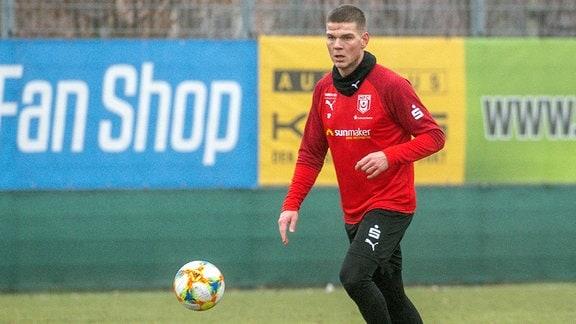 Anthony Syhre 24, U19 Europameister macht ein dreitägiges Probetraining beim HFC im Spiel des HFC Hallescher FC vs. KFC Uerdingen.