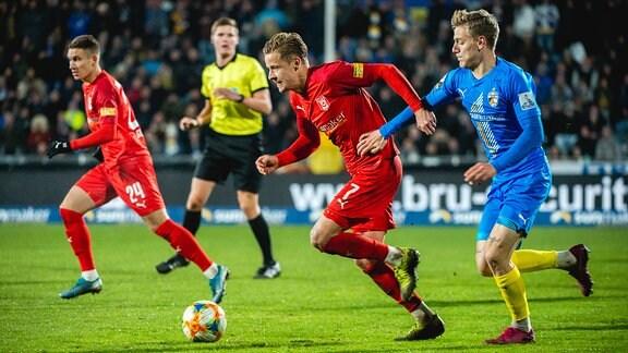 Bentley Baxter Bahn, 7 Hallescher FC, gegen Tim Kirchner, 20 FC Carl Zeiss Jena
