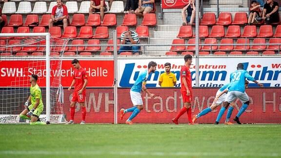 Ausgleich für Chemnitz im Spiel des HFC Hallescher FC vs. Chemnitzer FC 03.08.2019.