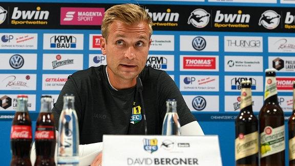 Trainer David Bergner (Chemnitzer FC, CFC) auf der Pressekonferenz