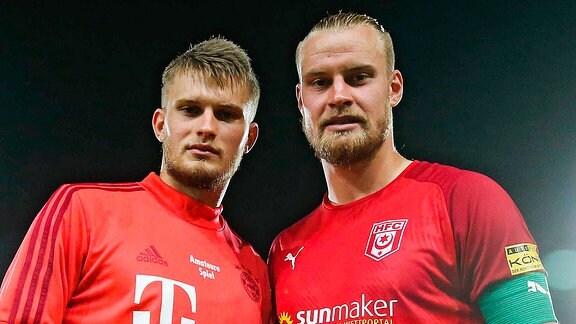 Sebastian Mai re.,Hallescher FC Halle mit seinem Bruder Lars Lukas Mai FC Bayern München II