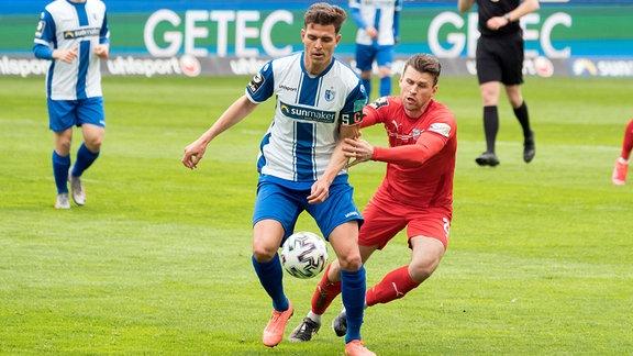 v.li.: Tobias Mueller (FCM, 5), Nils Miatke (Zwickau, 28)