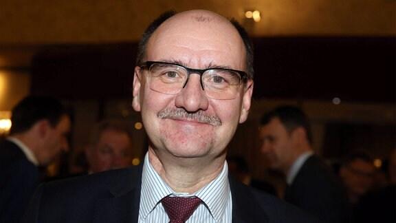 Vorsitzender des Aufsichtsrats Dr. Lutz Petermann