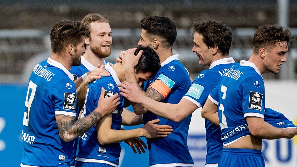 3. Liga: Magdeburg lebt noch! FCM dreht Kellerduell in Köln - MDR