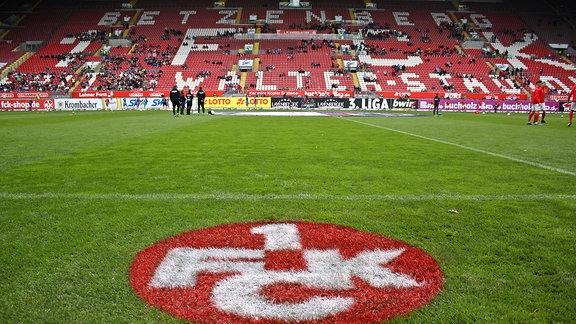 Innenraum des Fritz-Walter-Stadions in Kaiserslautern