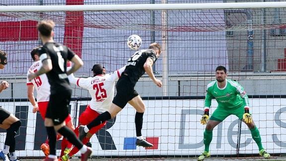 Im Bild: Tor für Köln, Moritz Fritz (23, Koeln) trifft zum 0:1