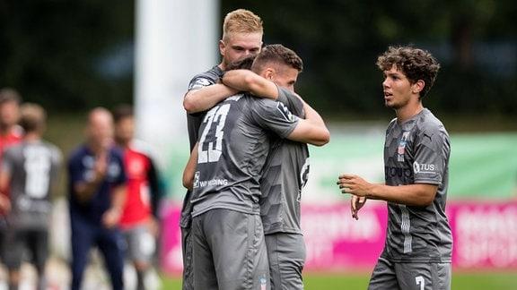 Jubel bei den Spielern des FSV Zwickau