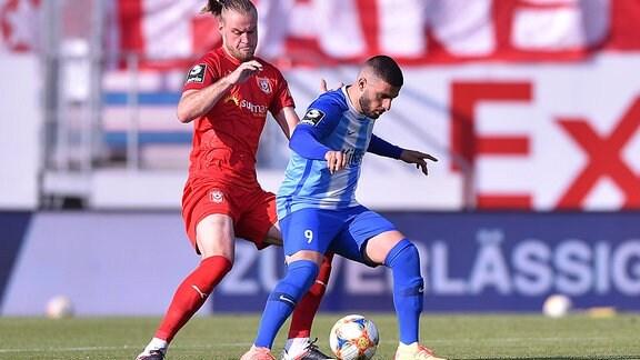 Halles Sebastian Mai gegen Meppens Deniz Undav