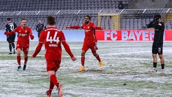 Die Spieler von Bayern München jubeln