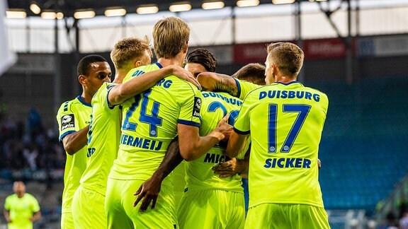 Jubel bei MSV Duisburg nach 0:1