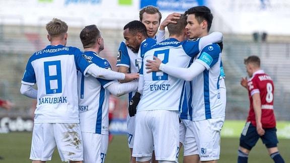 Magdeburgs Spieler bejubelt das Tor 0:1