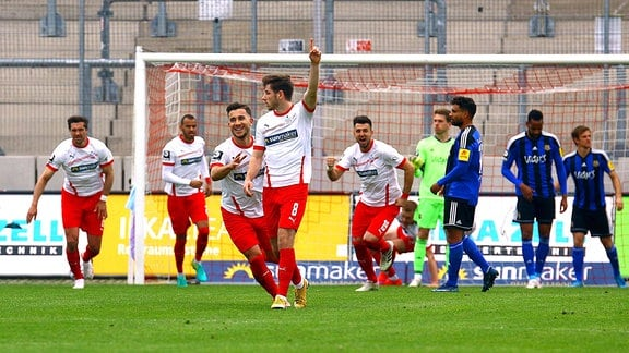 Zwickaus Leon Jensen bejubelt das 1:0