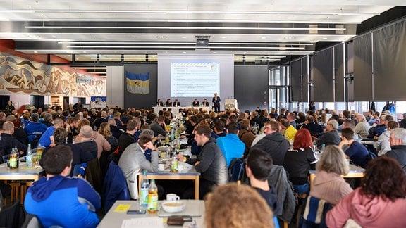 Mitgliederversammlung des FC Carl Zeiss Jena e.V. am 19.1.2019 in der Mensa am Zeiss Werk Jena.