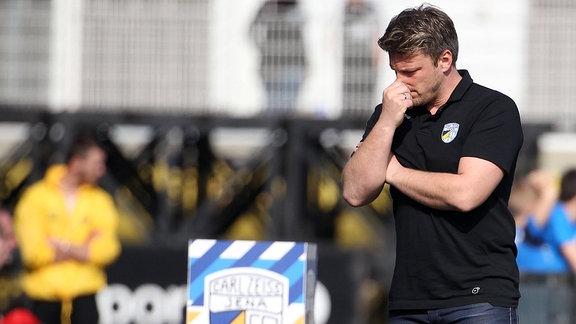 Trainer Lukas Kwasniok (Jena) enttäuscht