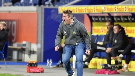 Trainer Lukasz Kwasniok 1. FC Saarbrücken unzufrieden