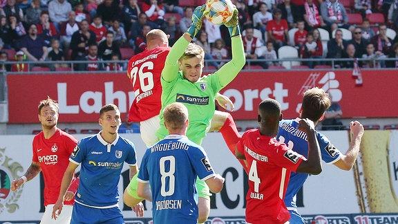 Morten Behrens 12, Torwart