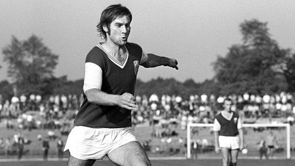 Peter Ducke am Ball