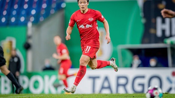 Leipzigs Hee-Chan Hwang während des Spiels.