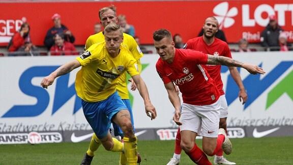 v.l. Tim Kircher FC Carl Zeiss Jena Florian Pick 1.FC Kaiserslautern