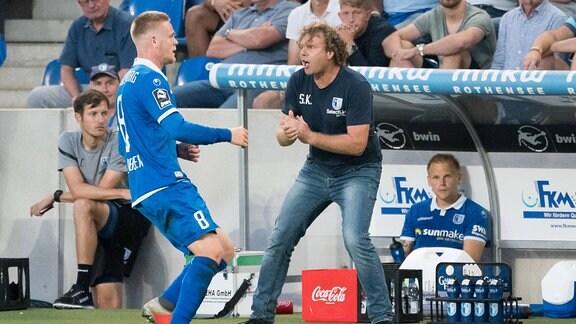 Trainer Stefan Krämer (FCM) (r.) und Thore Jacobsen (FCM)