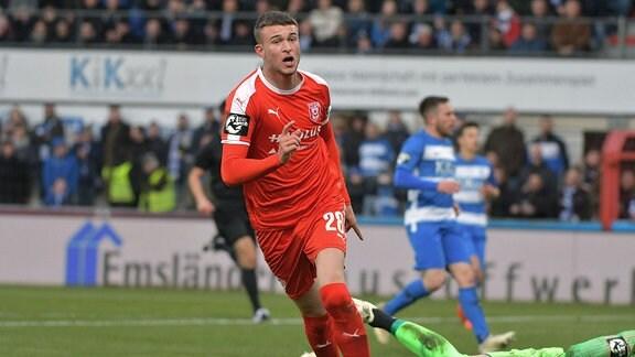 Kilian Pagliuca (Hallescher FC 28) zum 0:2.