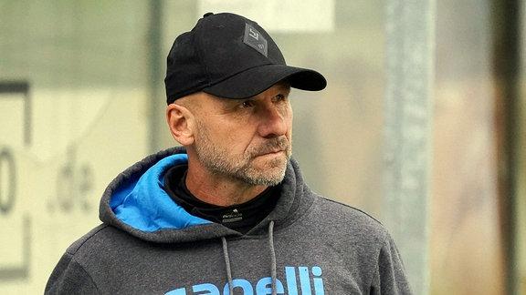 Bernhard Trares, Trainer
