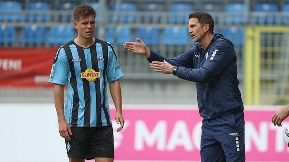v.l., Alexander Rossipal (SV Waldhof Mannheim), Trainer Patrick Glöckner (SV Waldhof Mannheim)