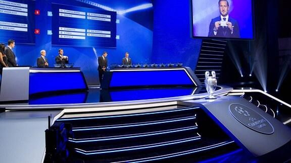 Champions League Gruppenauslosung, 2017