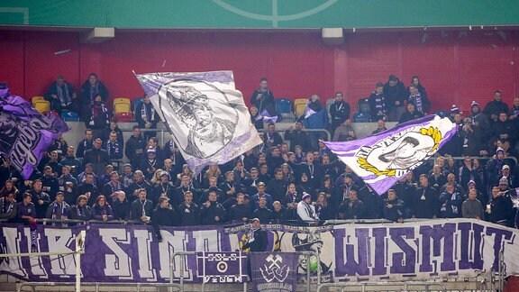 Fans von Aue.